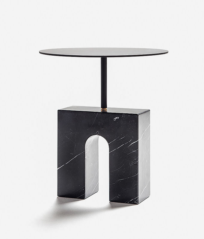 collections-Triumph-single-table-marquina