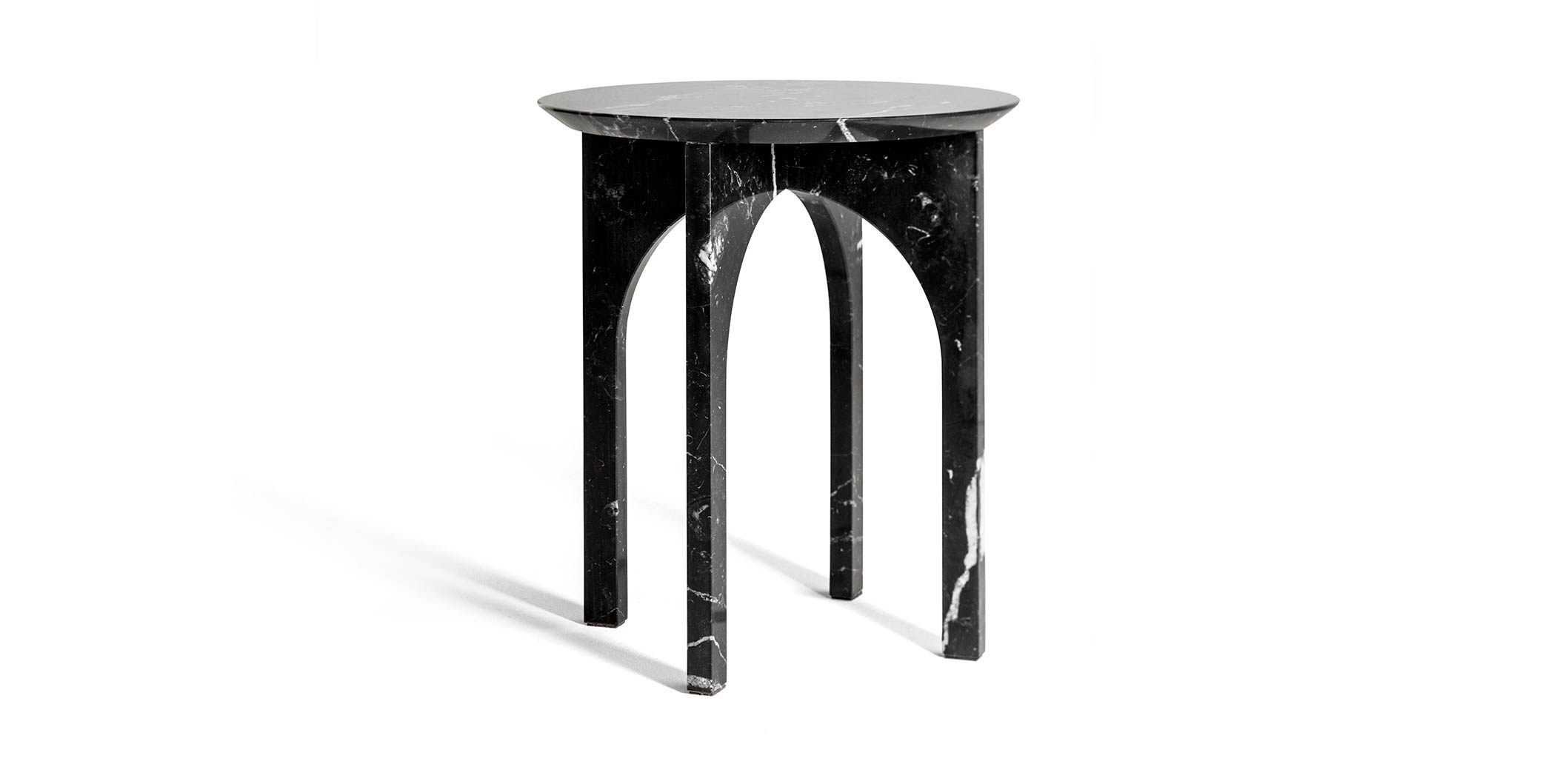 MINUS-arch-side-table_carrousel_A