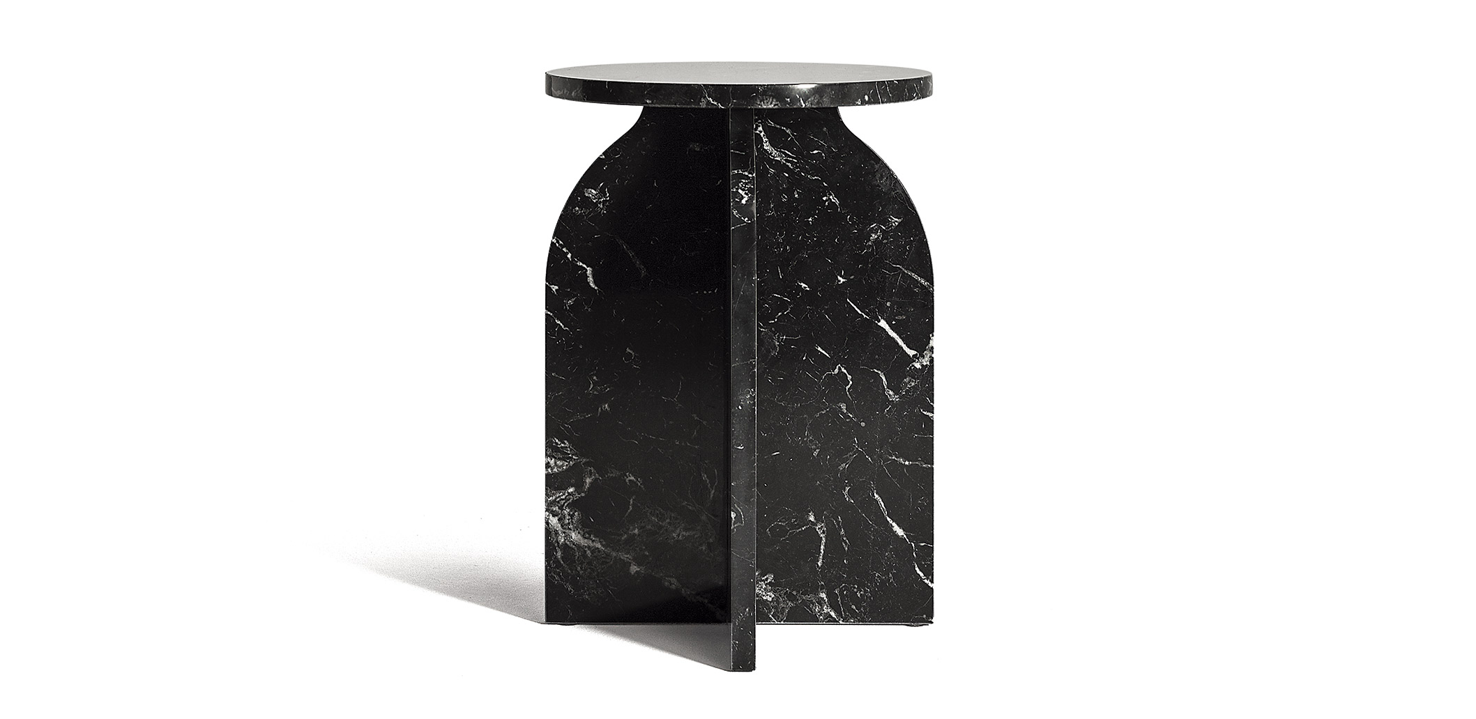PLUS-arch-side-table_carrousel_A