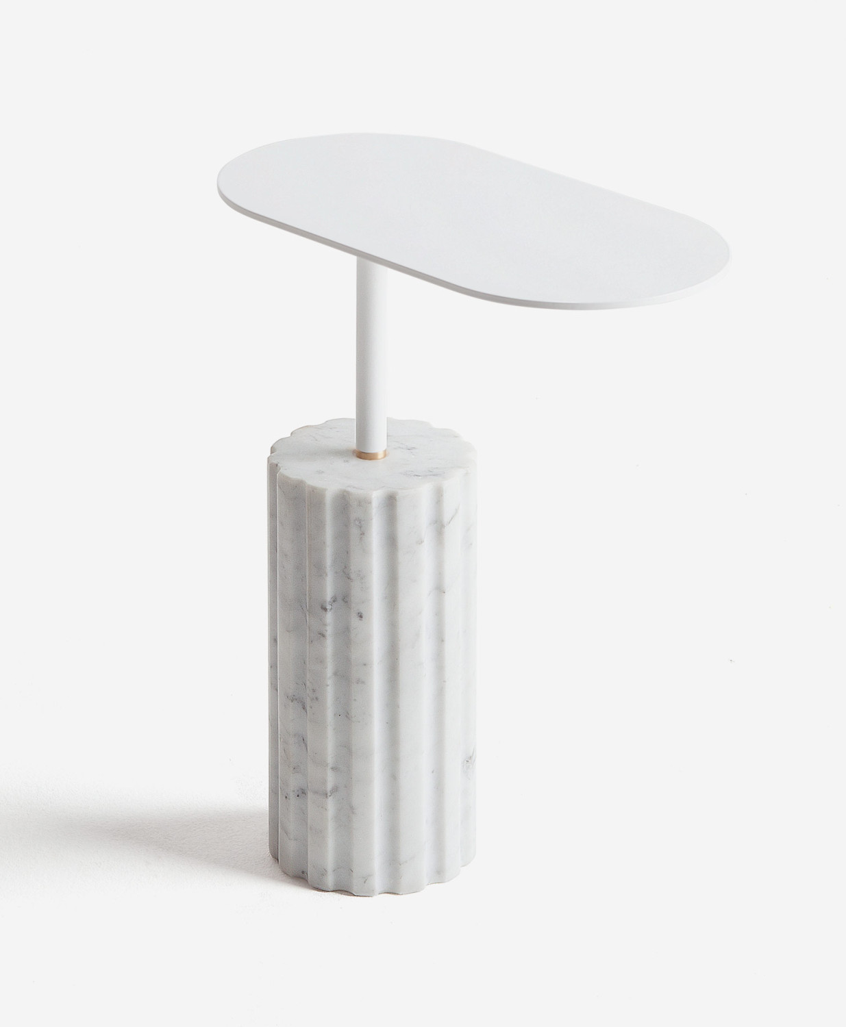 ampliable_column_side_table